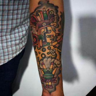 Señorío del maíz, jaguar tatuaje realizado por Carlos Koyote Ramirez