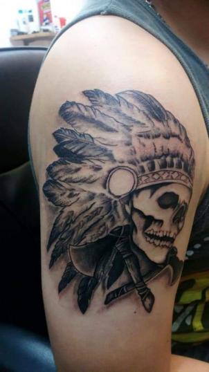 Craneo apache  tatuaje realizado por Jonathan Aguirre