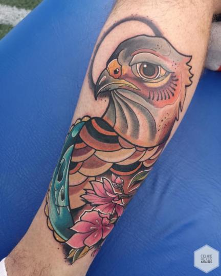 halcón (diseño propio)  tatuaje realizado por Felipe Reyes