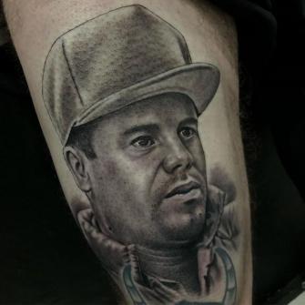 Chapo Guzmán ???? que le hice hace unos días para mi compa Canalla ???? tatuaje realizado por Angel Ruiz (Hard Core)