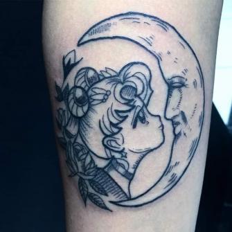 Sailormoon  tatuaje realizado por Rikardo romo