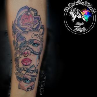 Lágrimas que rompen  tatuaje realizado por Cristhian Ruiz