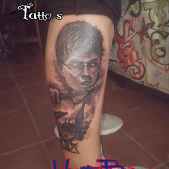 Harry Potter tatuaje realizado por Zaa Hunter