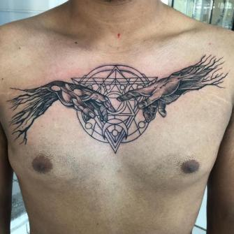 Tatuaje pecho tatuaje realizado por Rene pacheco